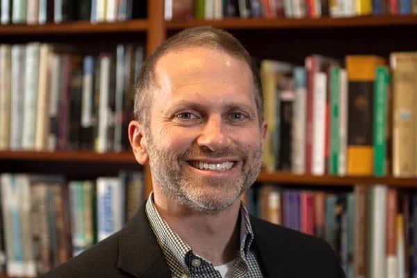 Pastor Daniel Henderson